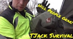 Running-with-a-Hill-People-Gear-bag-and-Tarahumara-bag